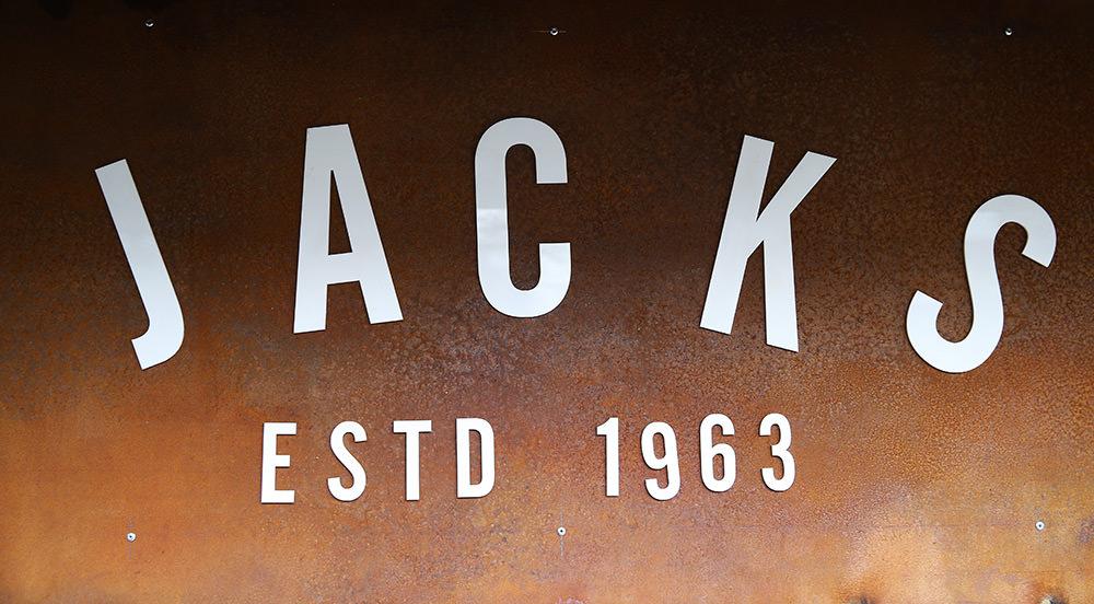 Jacks Bar